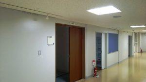 2階 中会議室入口